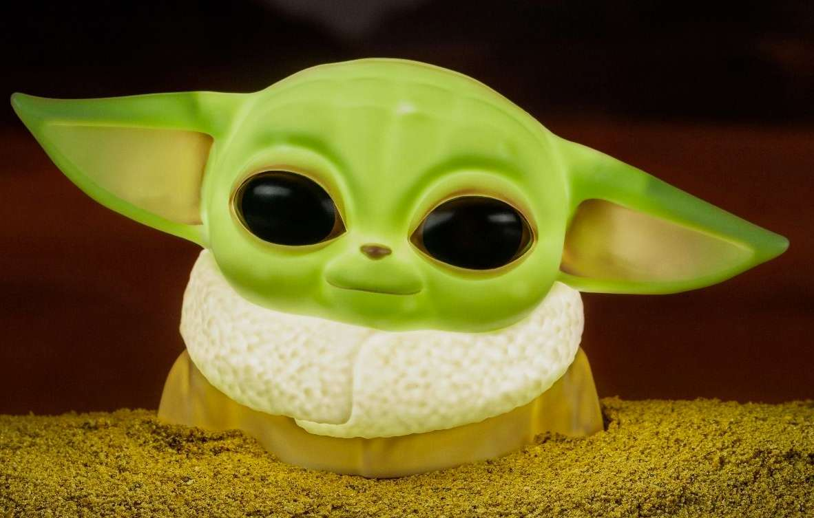 baby-yoda-lamp