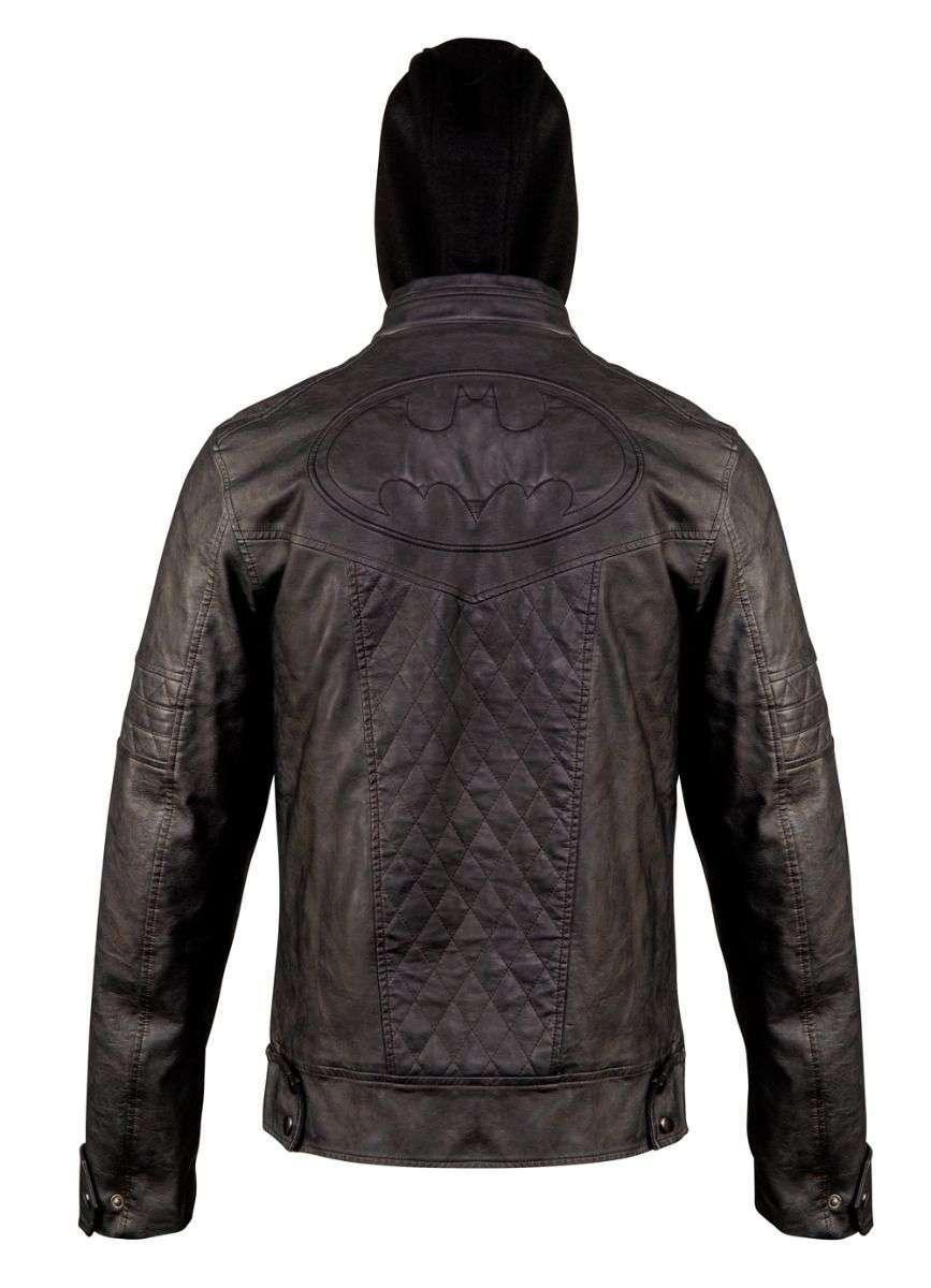batman_2020_leatherjacket_3