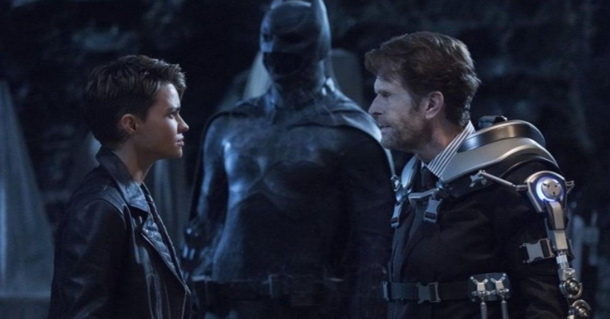 Batman Kevin Conroy Crisis on Infinite Earths