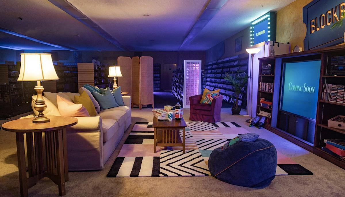 blockbuster-airbnb