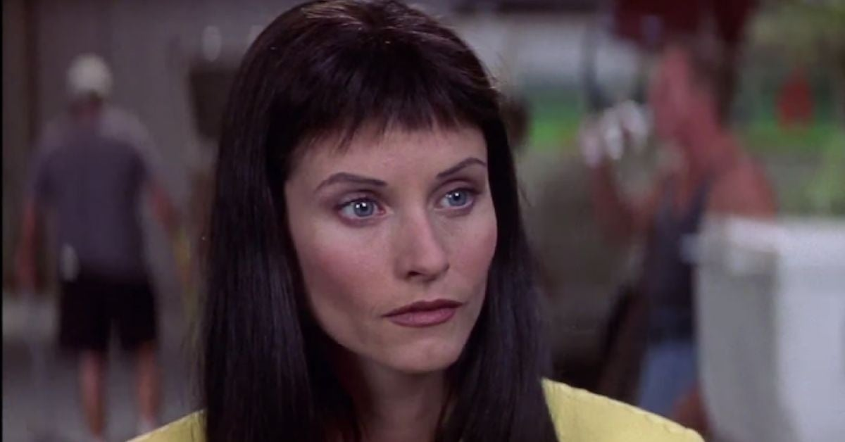 gale weathers courtney cox bar hair scream 3