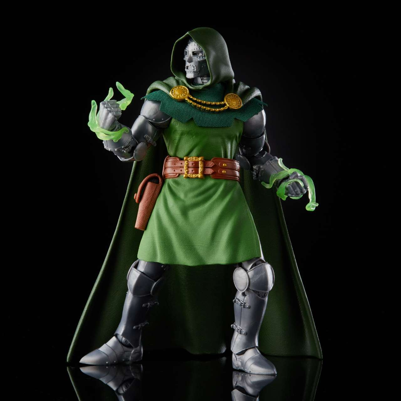 hasbro-marvel-legends-doctor-doom-HSE9627_9