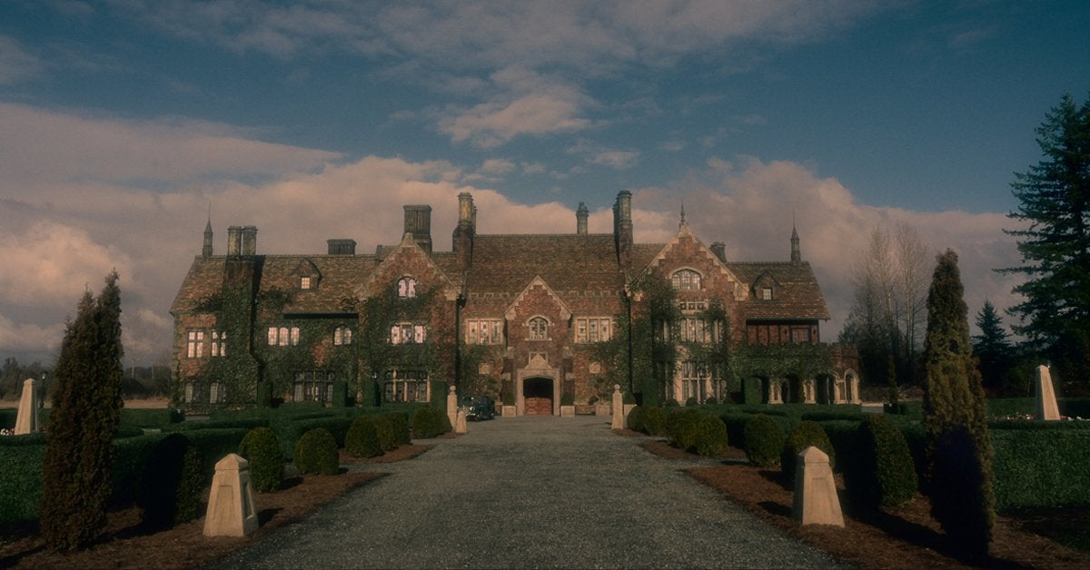 Netflix Unveils New Look At Haunting Of Bly Manor
