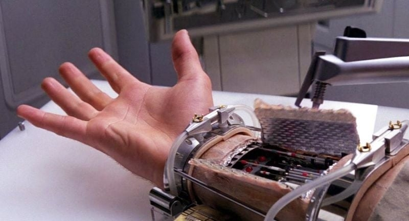 luke skywalker robotic arm