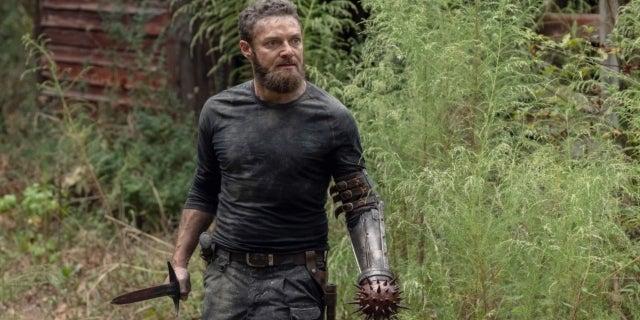 The Walking Dead Season 10 Aaron Ross Marquand