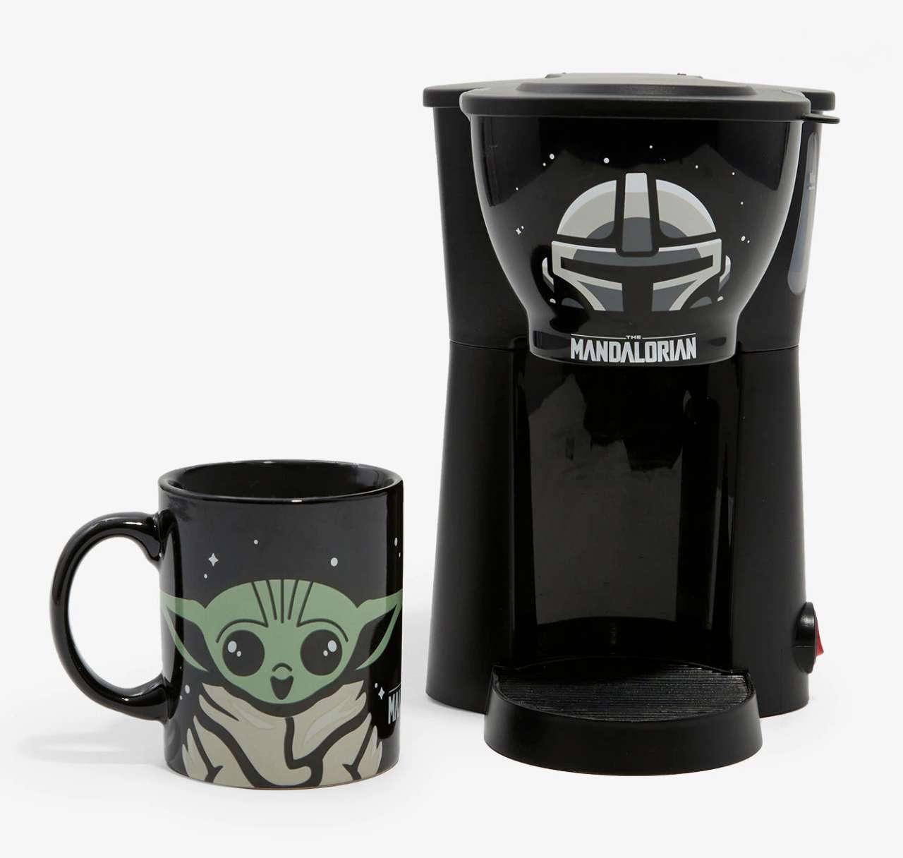 baby-yoda-coffee-maker
