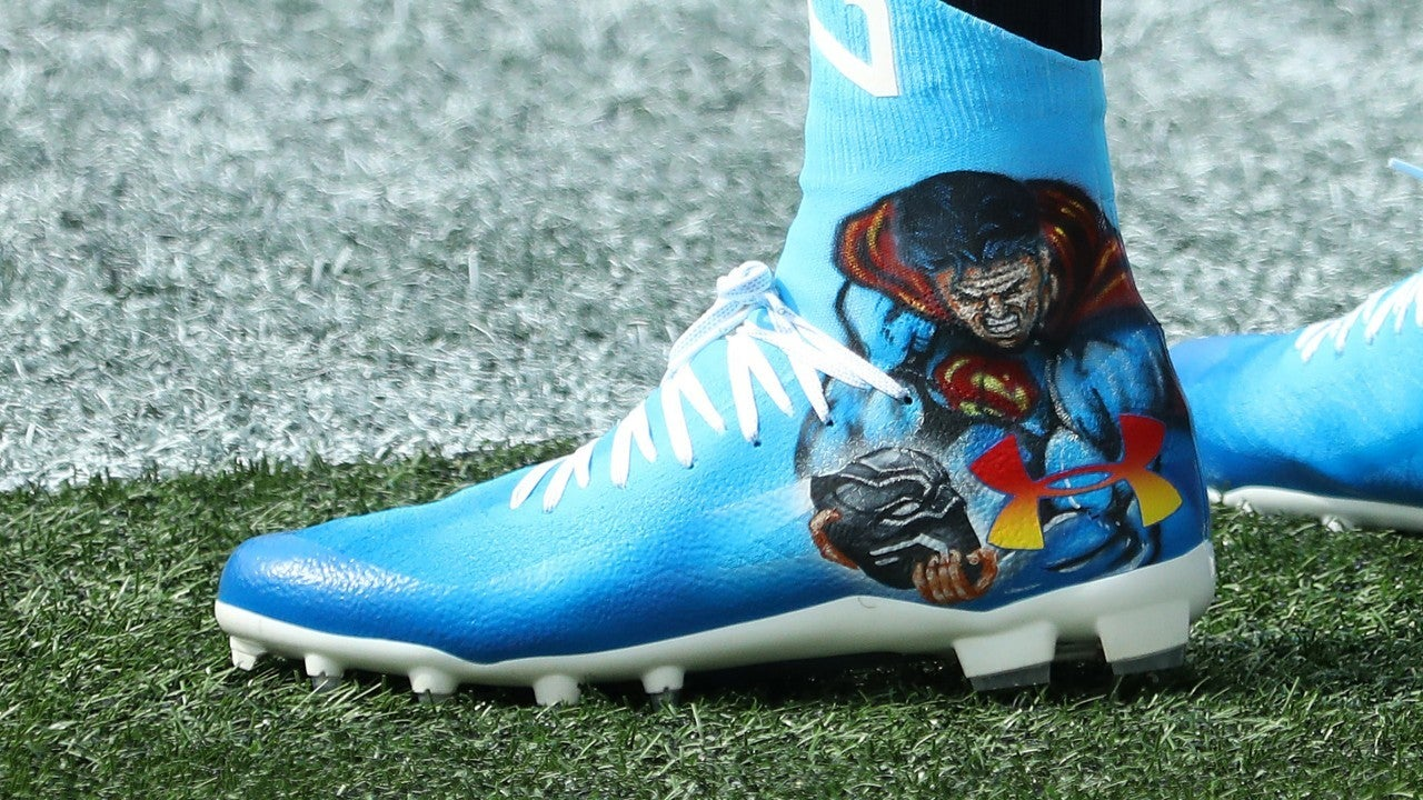 Cam_Newton_Black_Panther_Cleats