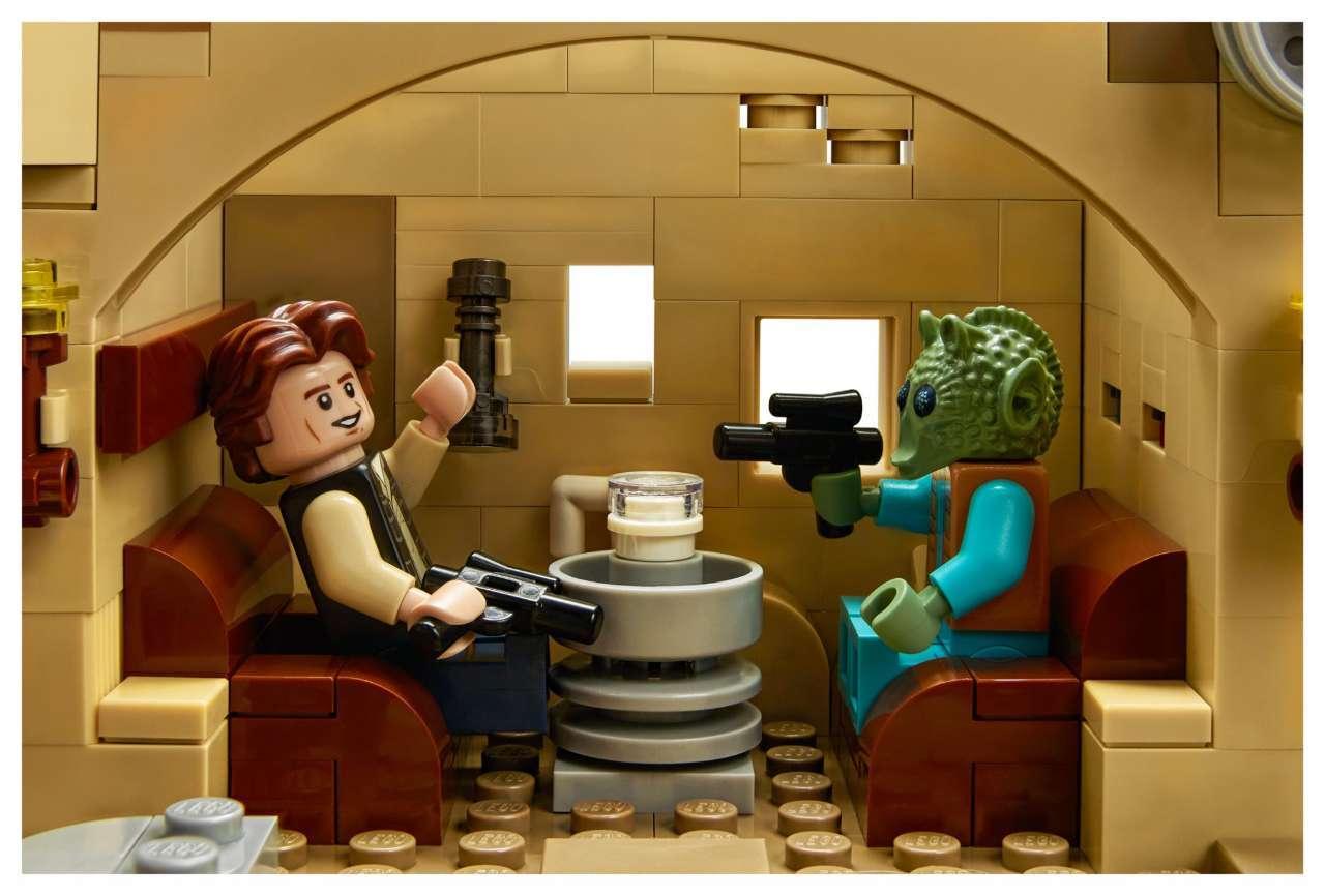 LEGO-Cantina-3