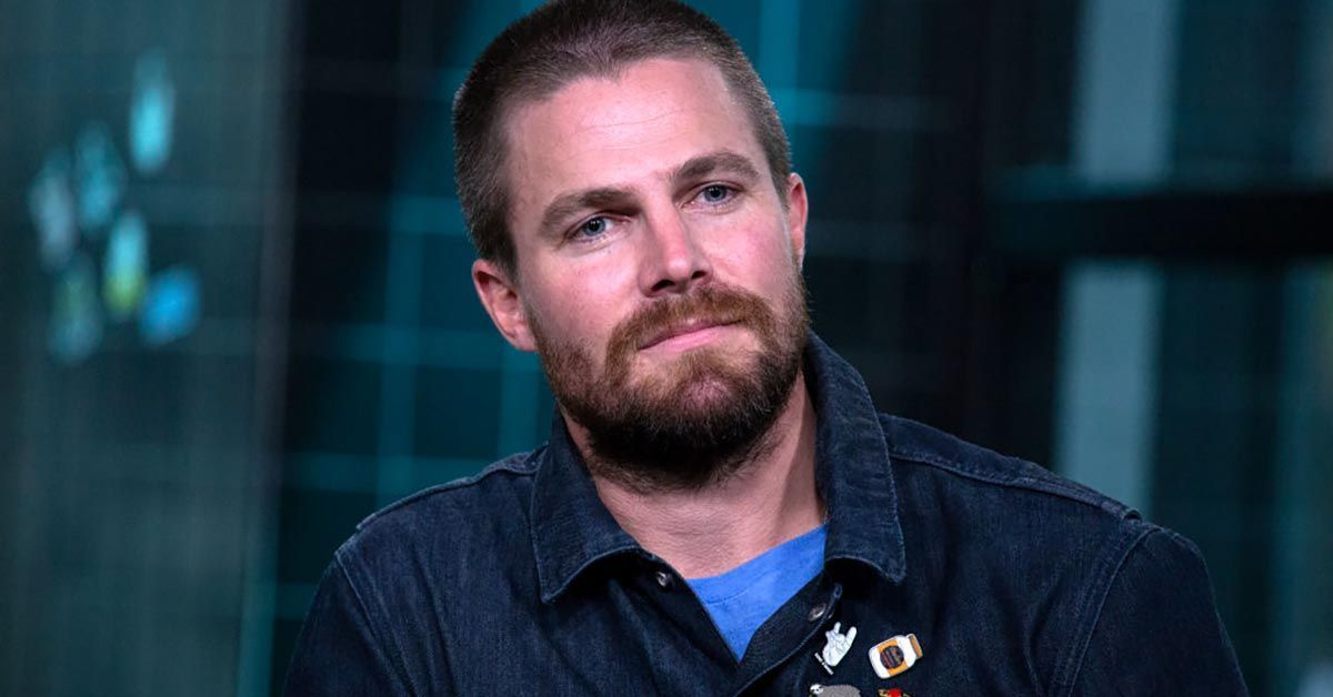 stephen amell getty images