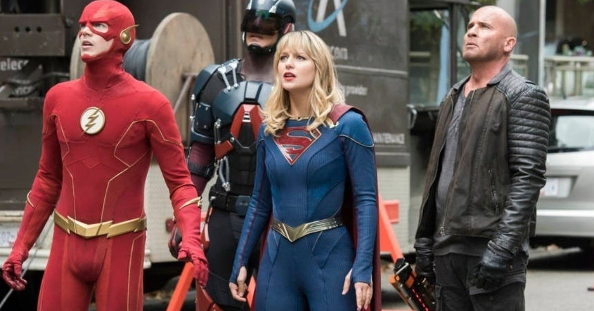 the flash supergirl legends of tomorrow crisis
