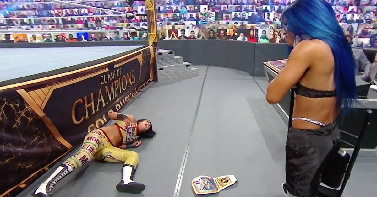 WWE-Clash-of-Champions-Bayley-Sasha-Banks-Strikes-Back