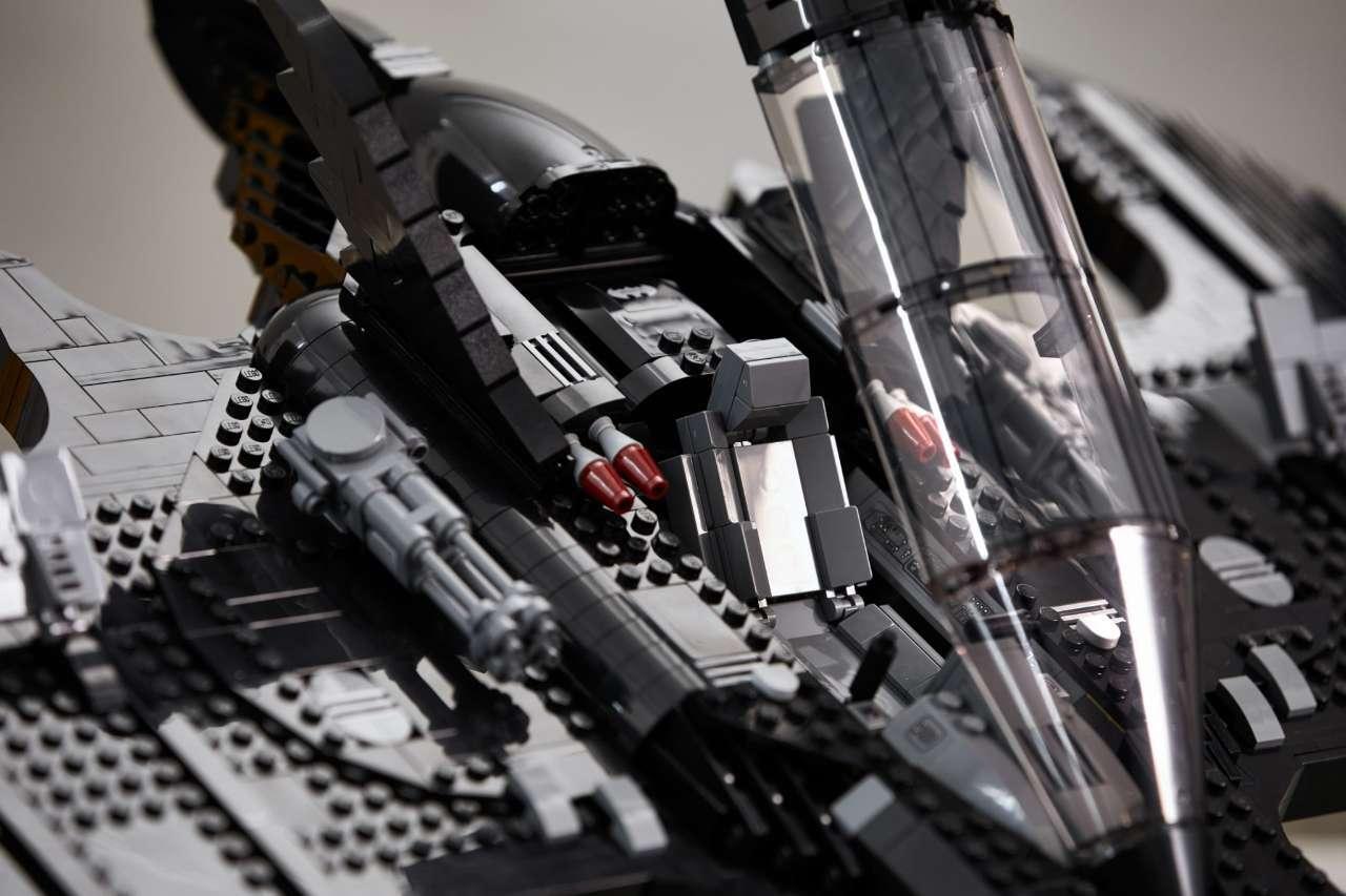 lego-batwing-cockpit
