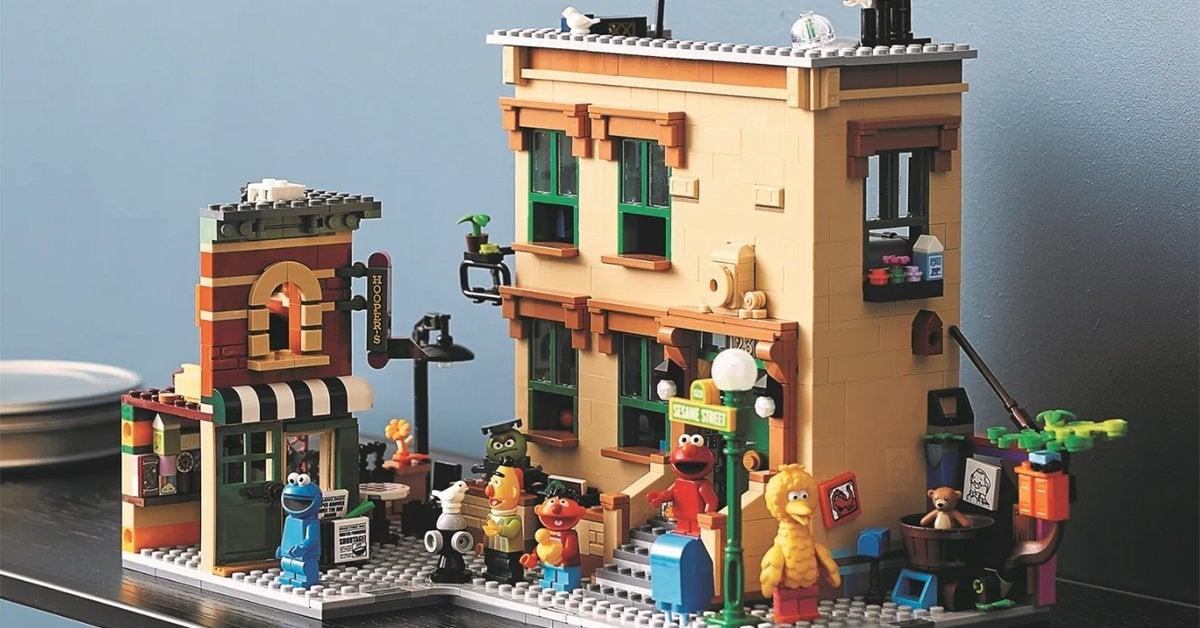 lego-sesame-street-top