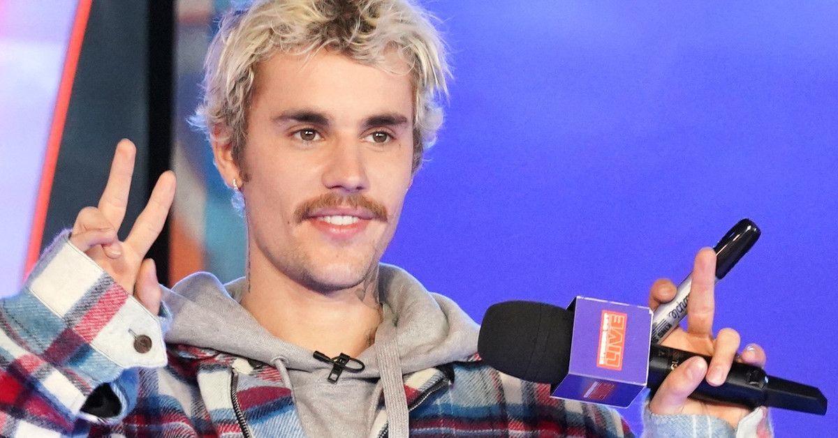 Saturday Night Live SNL Justin Bieber Smile