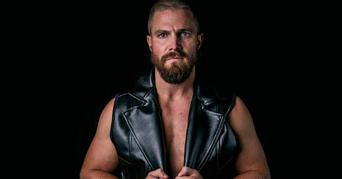 Stephen Amell Back Injury Wrestling Stunt Heels TV Series