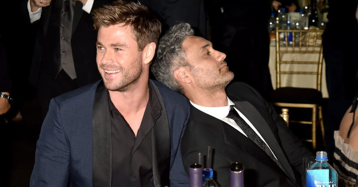 thor-love-and-thunder-chris-hemsworth-taika-waititi-photo-script