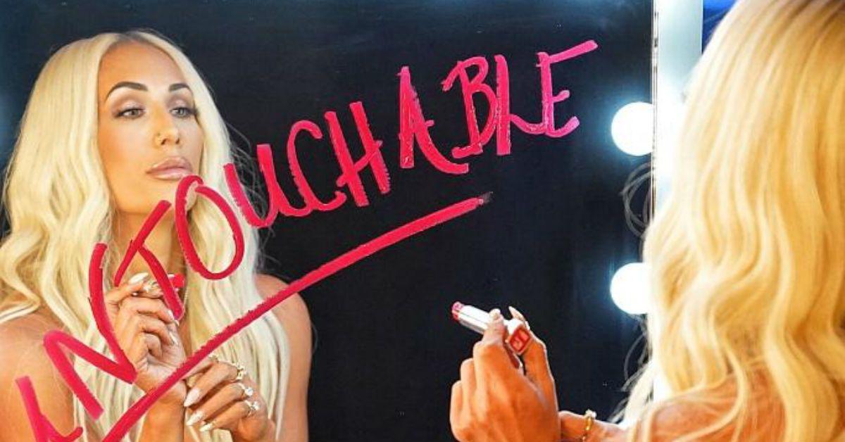 WWE-Carmella-Untouchable