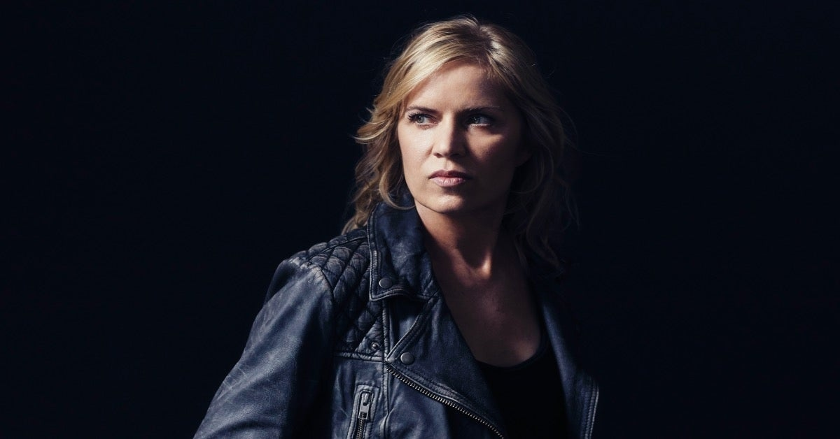 Fear the Walking Dead Madison Clark Kim Dickens