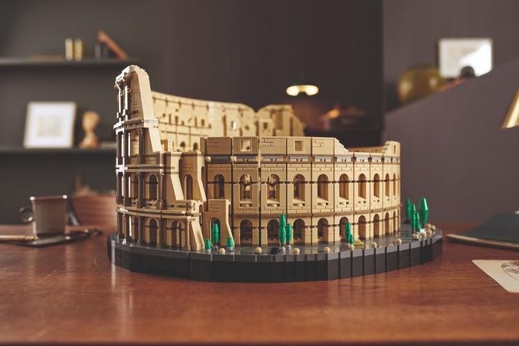 lego roman colosseum 2