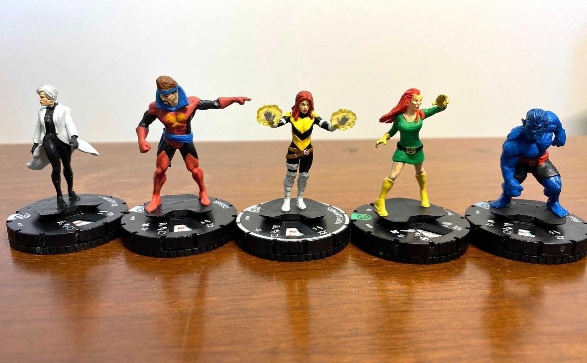 Marvel HeroClix X-Men House of X Unboxing 003