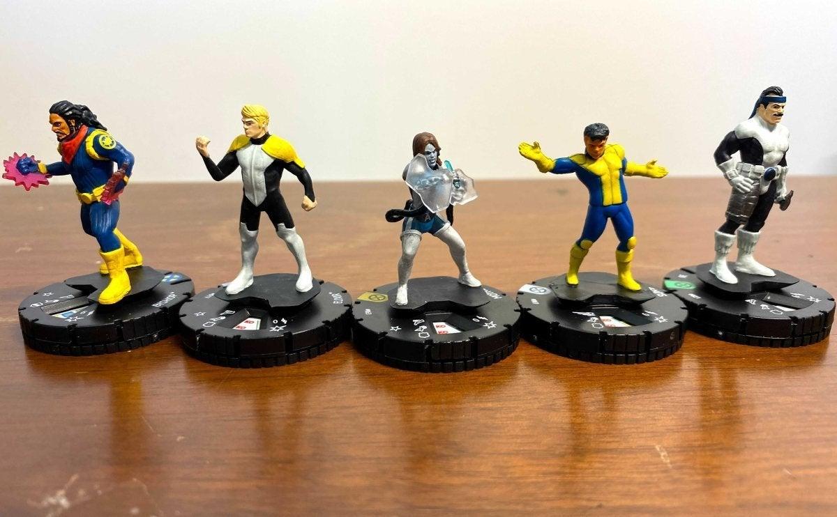 Marvel HeroClix X-Men House of X Unboxing 006