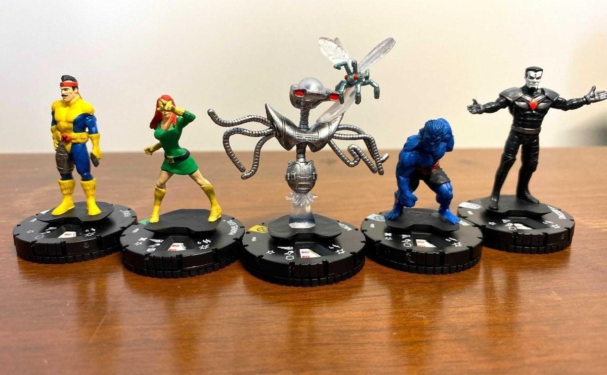 Marvel HeroClix X-Men House of X Unboxing 011