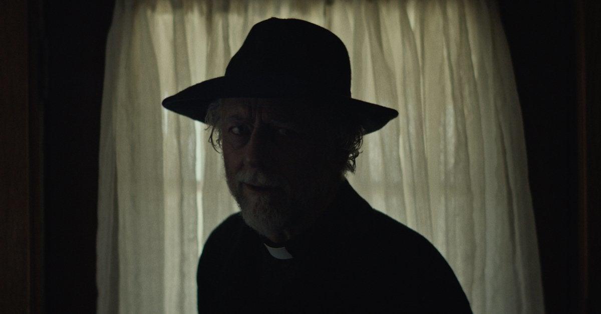 the dark and the wicked movie xander berkeley 2020