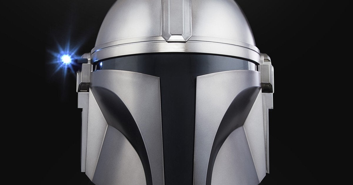 the-mandalorian-black-series-replica-helmet-topjpg