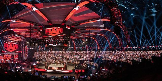 WWE-Raw-ThunderDome-Setup