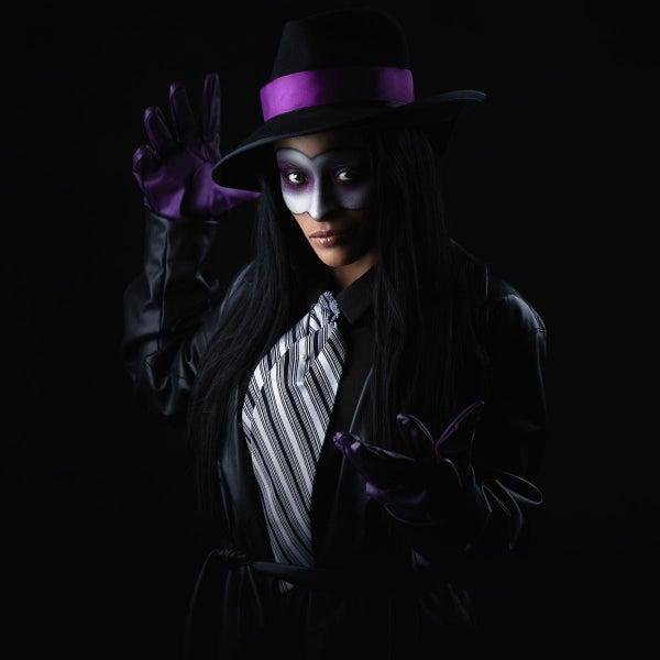 Zelina-Vega-Undertaker-Mask