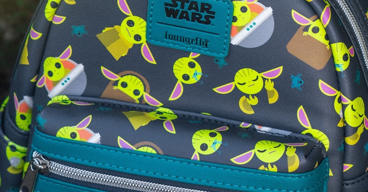 baby-yoda-loungefly-backpack-top