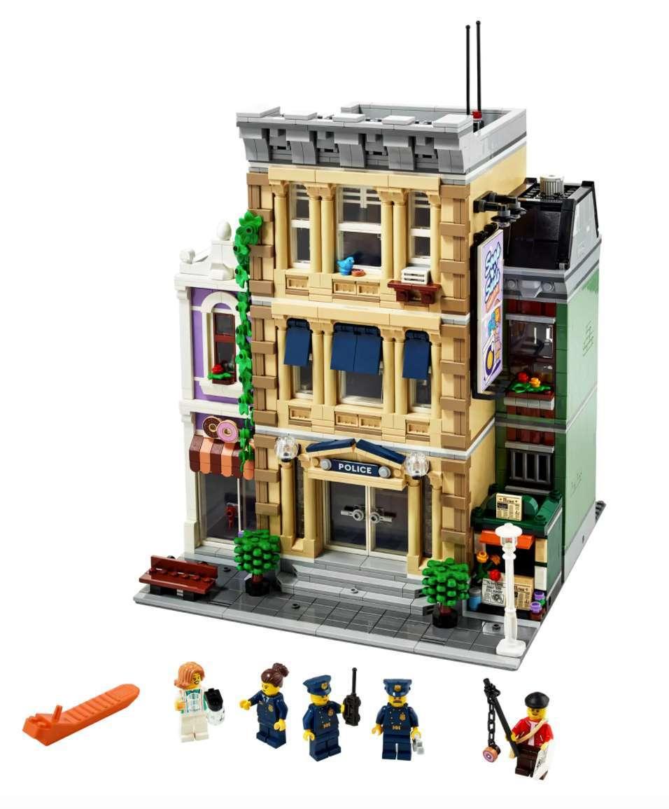 lego-police-station