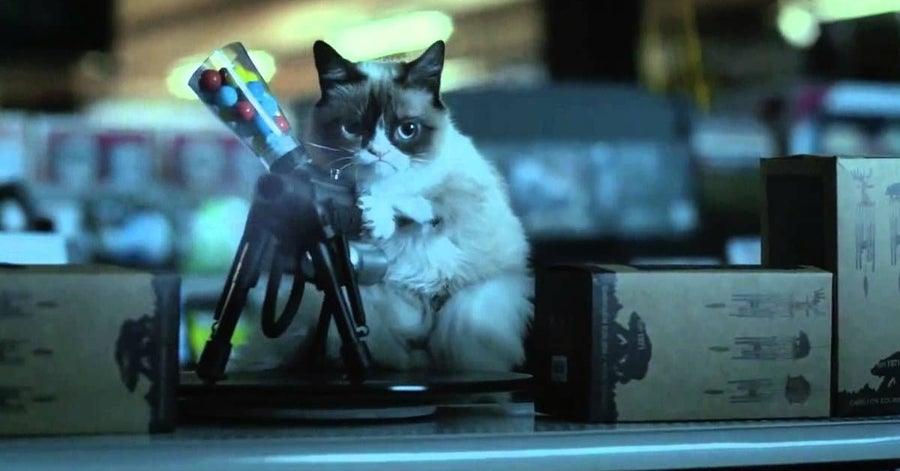 aubrey plaza grumpy cat's worst christmas ever