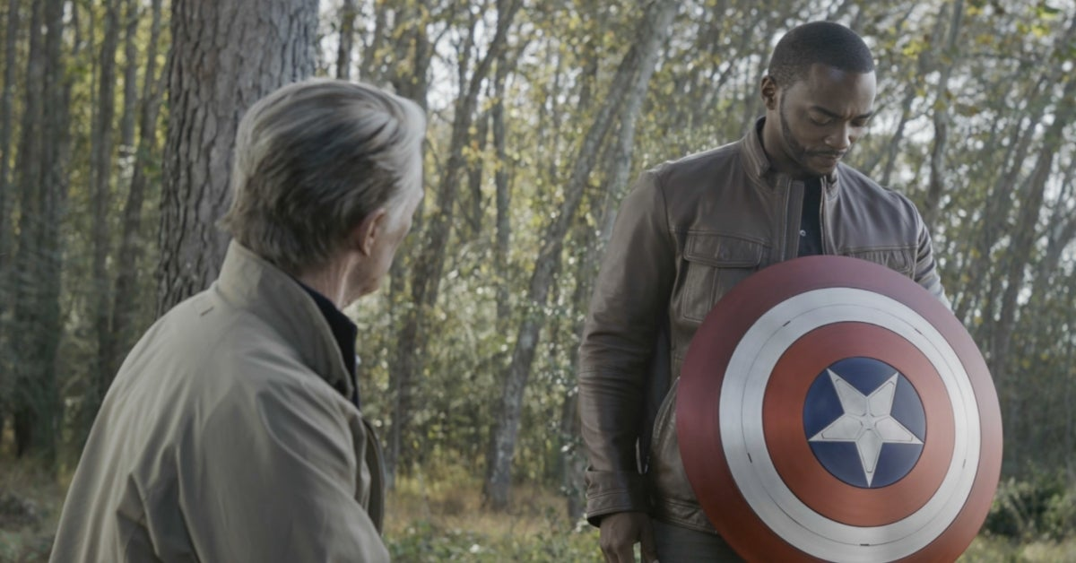 Chris Evans Anthony Mackie Captain America shield