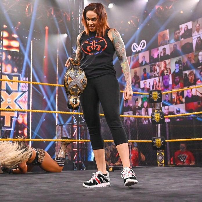 NXT-TakeOver-Toni-Storm-Triple-Threat-3