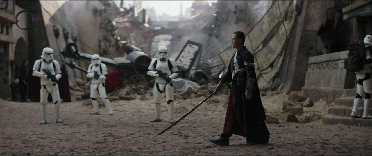 star wars rogue one chirrut stormtrooper fight