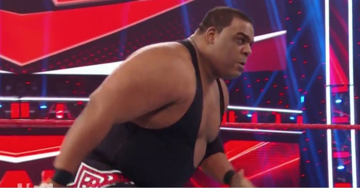 WWE-Keith-Lee-WWE-Raw-Breaks-Ring
