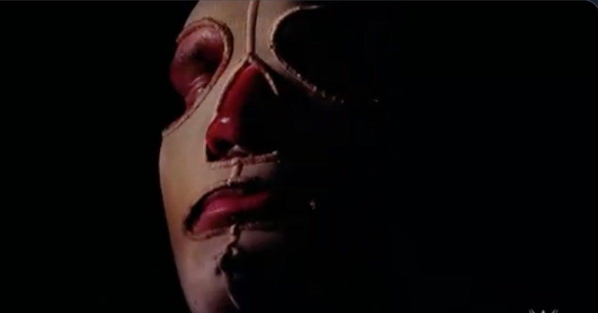 WWE-Raw-Randy-Orton-Mask