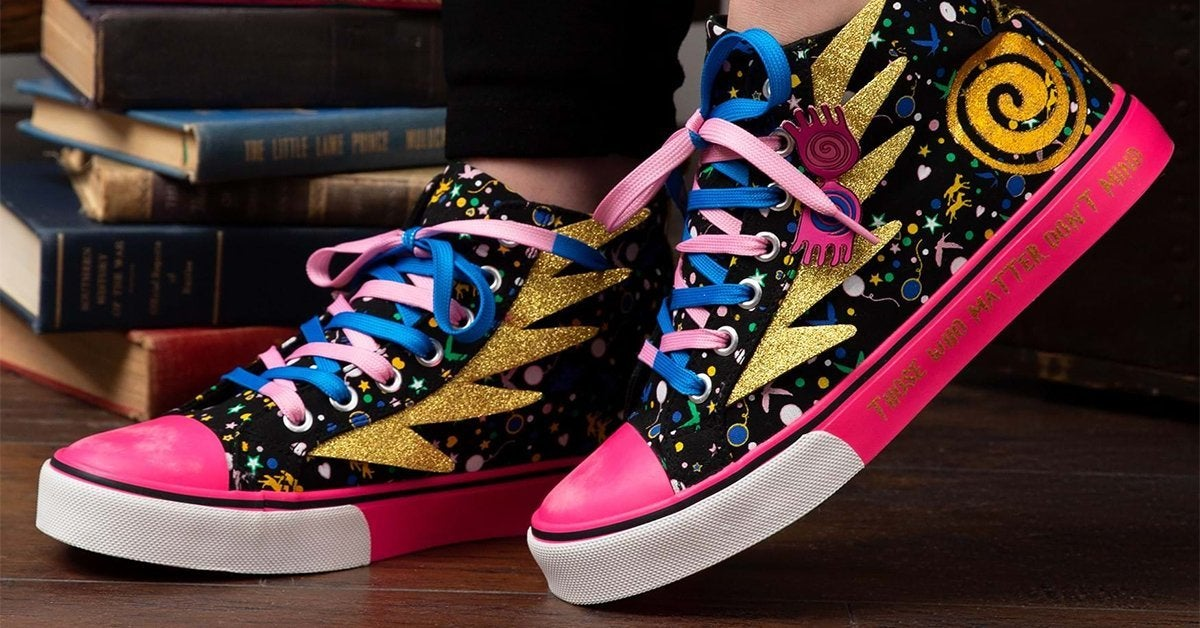 harry-potter-sneakers-top