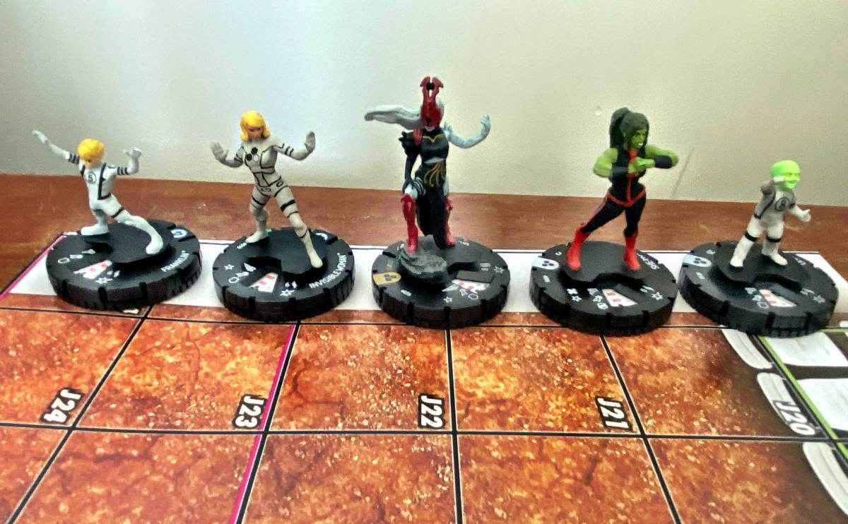 Marvel Fantastic Four Future Foundation HeroClix 004