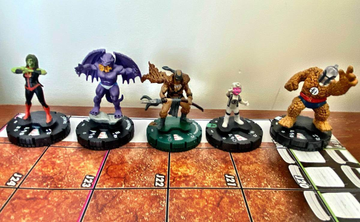 Marvel Fantastic Four Future Foundation HeroClix 008