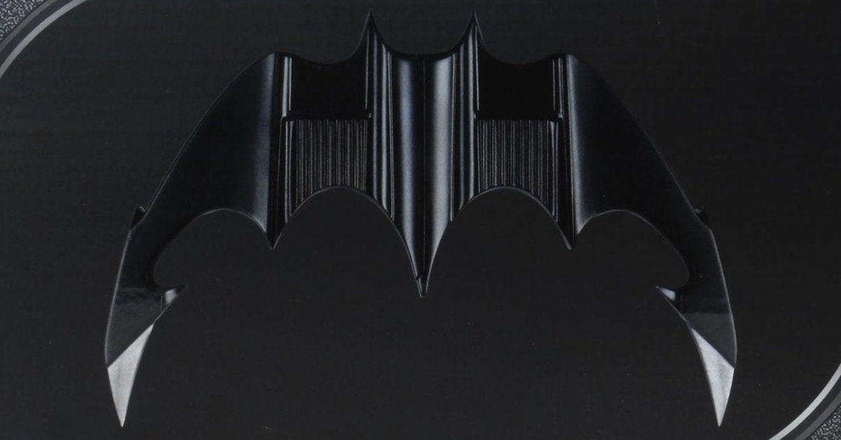 neca-batarang-top