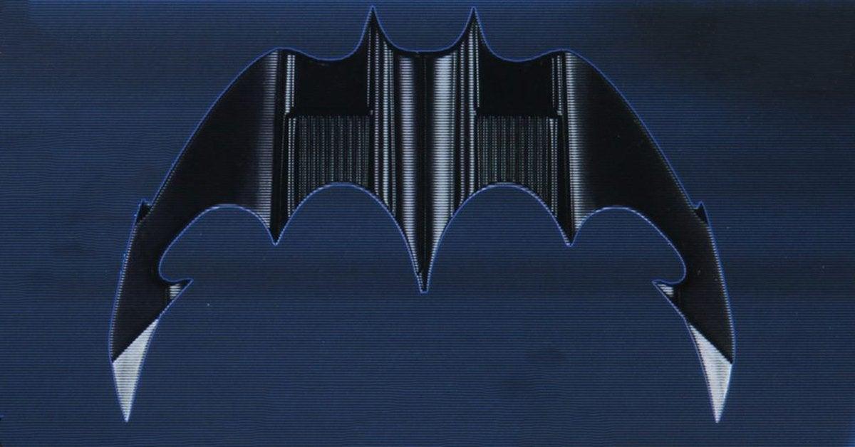 neca-batarang-top-2