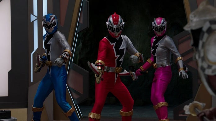 Power-Rangers-Dino-Fury-Cast-8