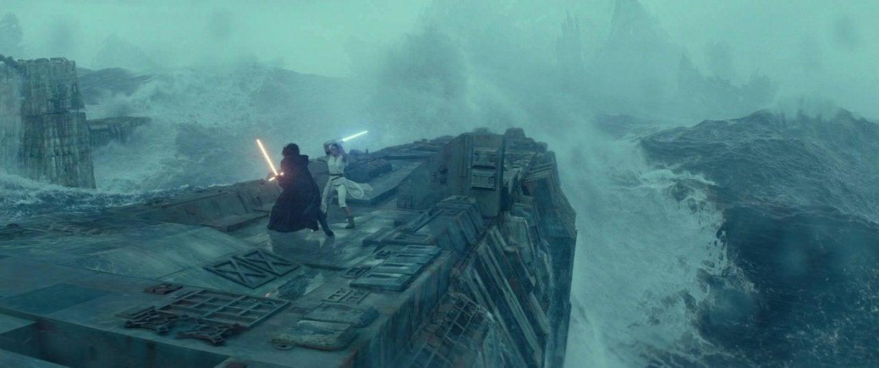 star wars the rise of skywalker rey kylo ren fight water
