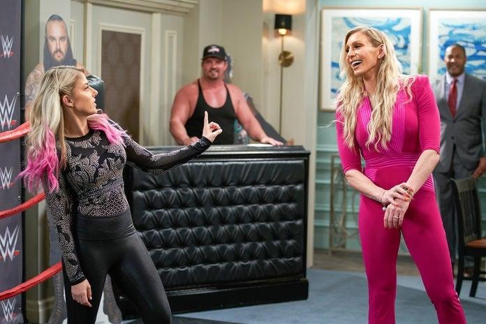 WWE-Punky-Brewster-Charlotte-Flair-Alexa-Bliss-2