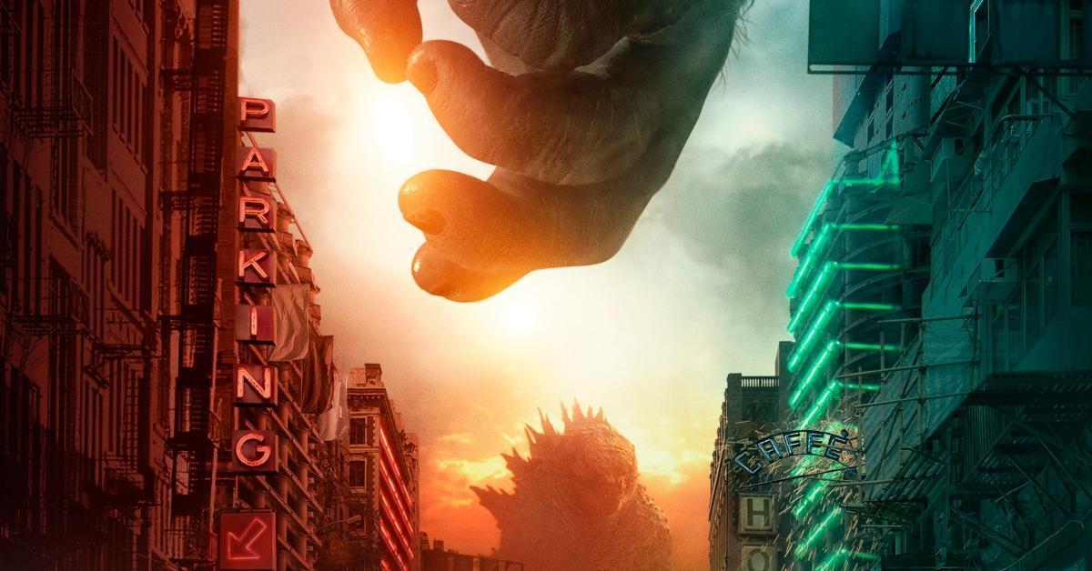Godzilla vs Kong Poster Stand Off