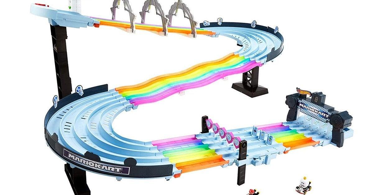 hot-wheels-rainbow-road-raceway-top