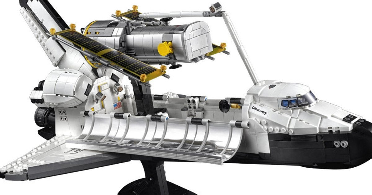 lego-space-shuttle-discovery-top