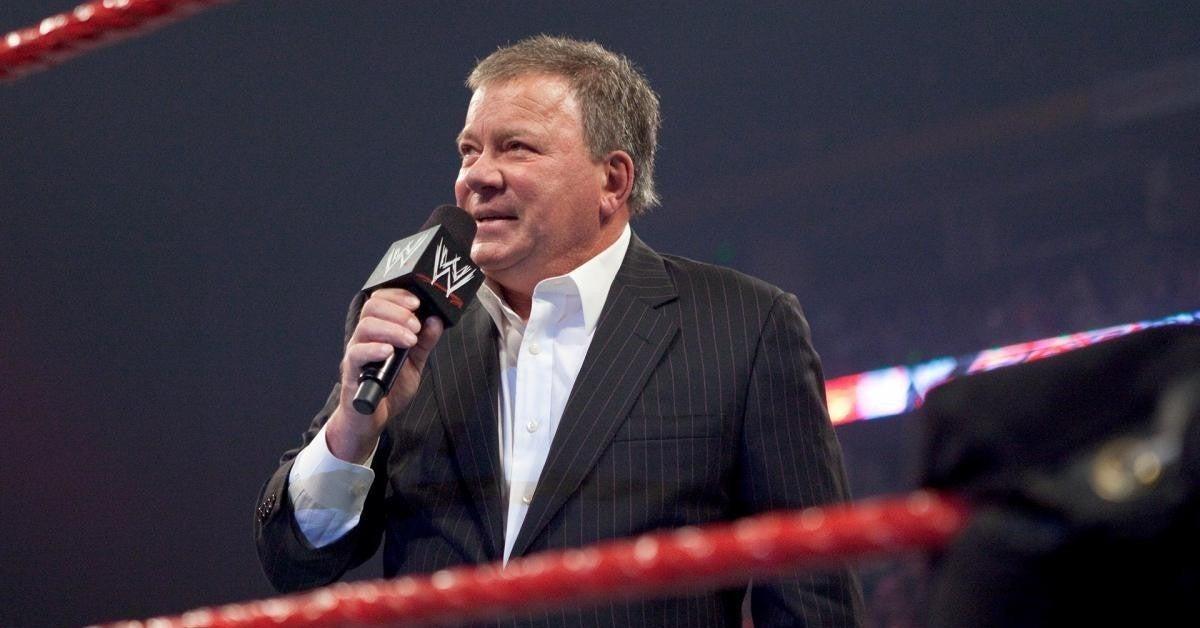 WWE-William-Shatner-WWE-Hall-of-Fame